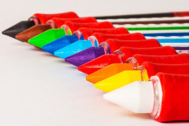 colored-pencils-168392_640